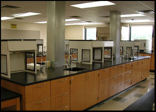 General chemistry lab at Messiah College