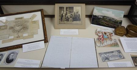 Sr. Smith Display